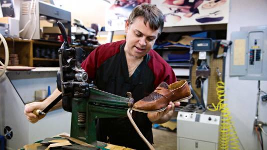 1359954293_ideya-biznesa.remont-obuvi