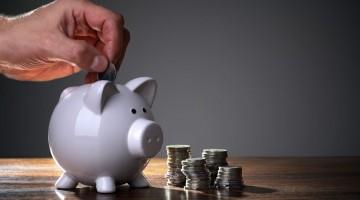 Как сохранить сбережения в кризис. В какой валюте хранить деньги.