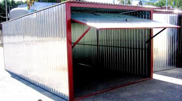 Производство: гараж-пенал из профнастила