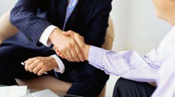 Смена учредителей ООО: как выгодно и без рисков провести ротацию