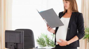 Больничный по беременности и родам: всё, что нужно знать будущим мамам